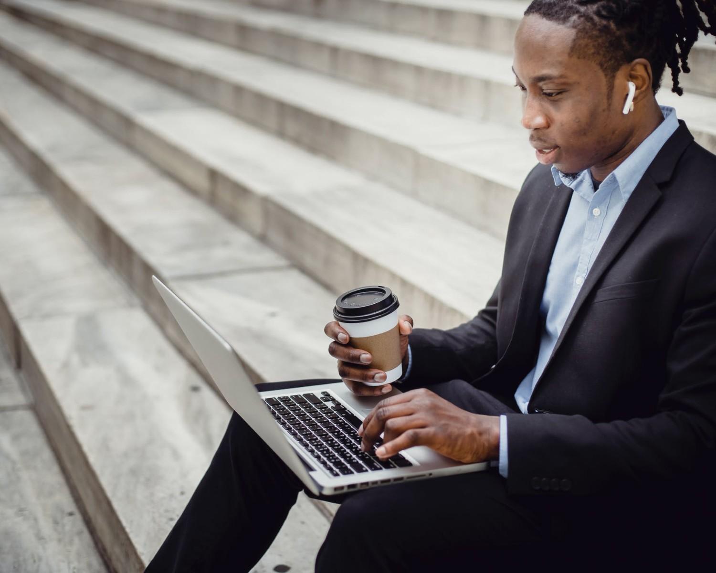 Cómo poner en el currículum trabajos esporádicos y prácticas