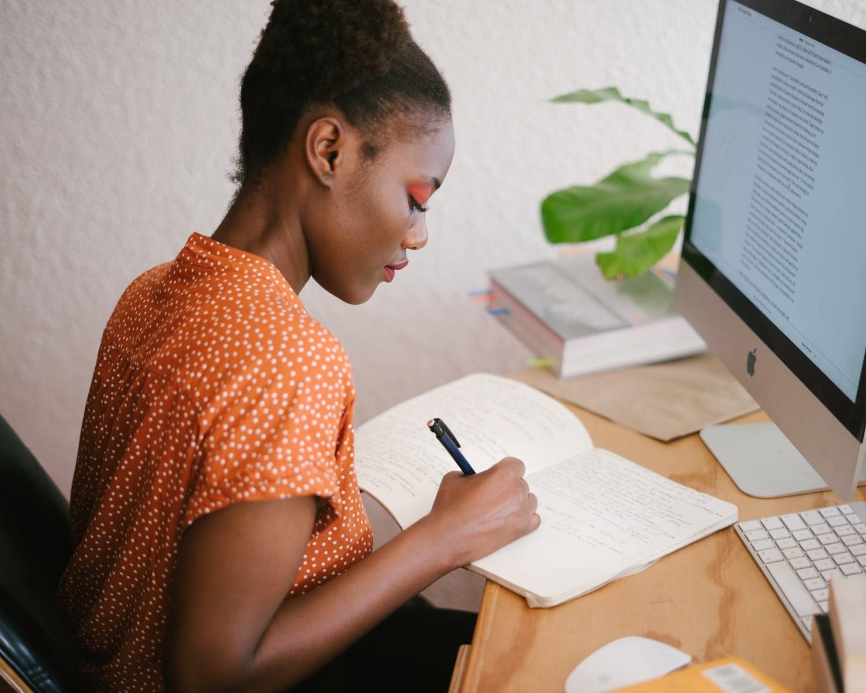 Ejemplos para hacer un Curriculum Vitae de Administrativo