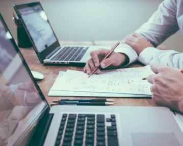 Curriculum Vitae para Comercial: Consejos, Modelos y Ejemplos