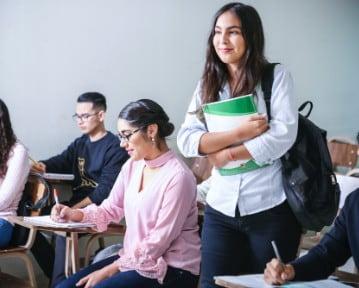 Cómo Hacer un Currículum de Estudiante: Guía y Plantillas