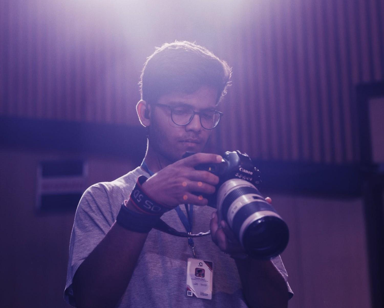 Cómo Hacer un Currículum de Fotógrafo: Ejemplos y Guía