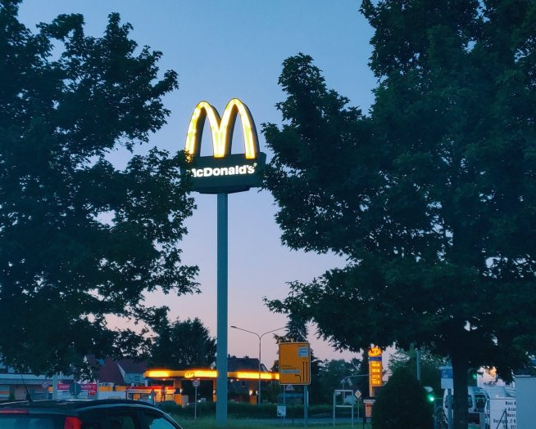 Cómo Enviar tu Currículum a McDonald's: Guía Paso a paso