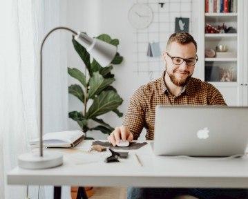Cómo hacer un CV de alto impacto en 2020: tips y ejemplos
