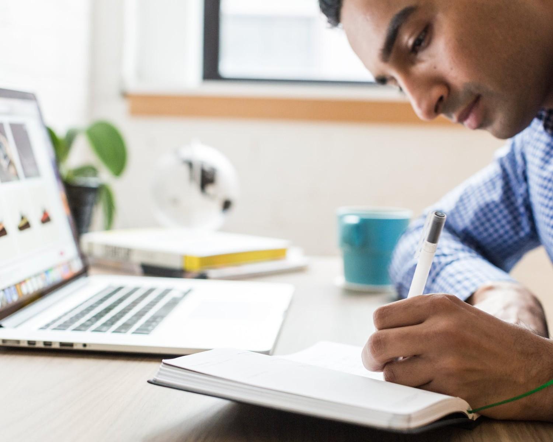 Enviar tu currículum a Hipercor en 2021: pasos y ejemplos